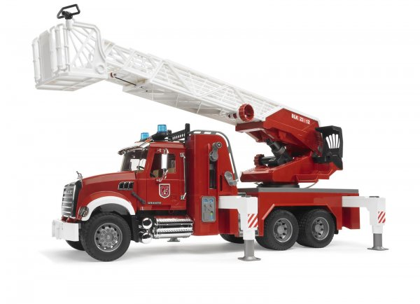 Bruder MACK Granite Feuerwehr mit Drehleiter, Wasserpumpe und Licht & Sound Module
